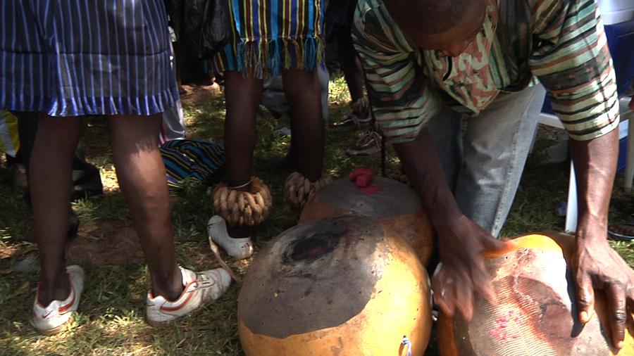 Detail of the Dagara kuor calabash drum, Lawra.